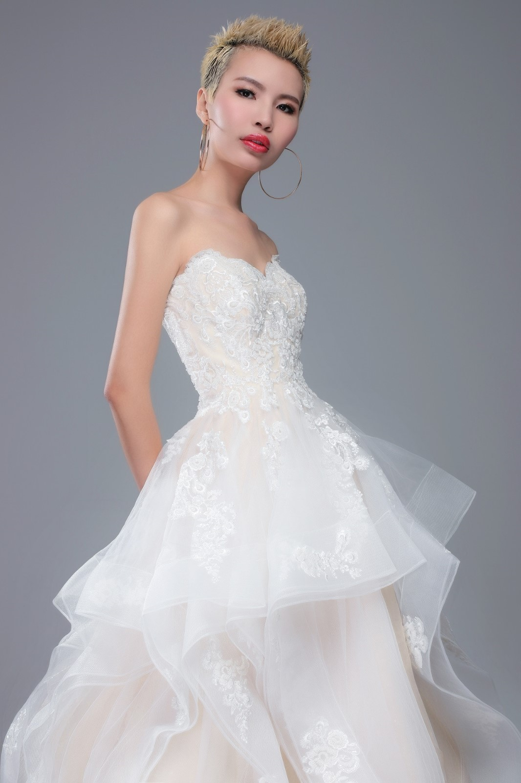 Bridal gownWedding dresses Shop offers Cheap